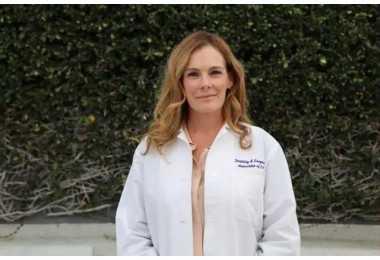 名医|比你更懂你自己的FSAC优秀医生Meredith Brower
